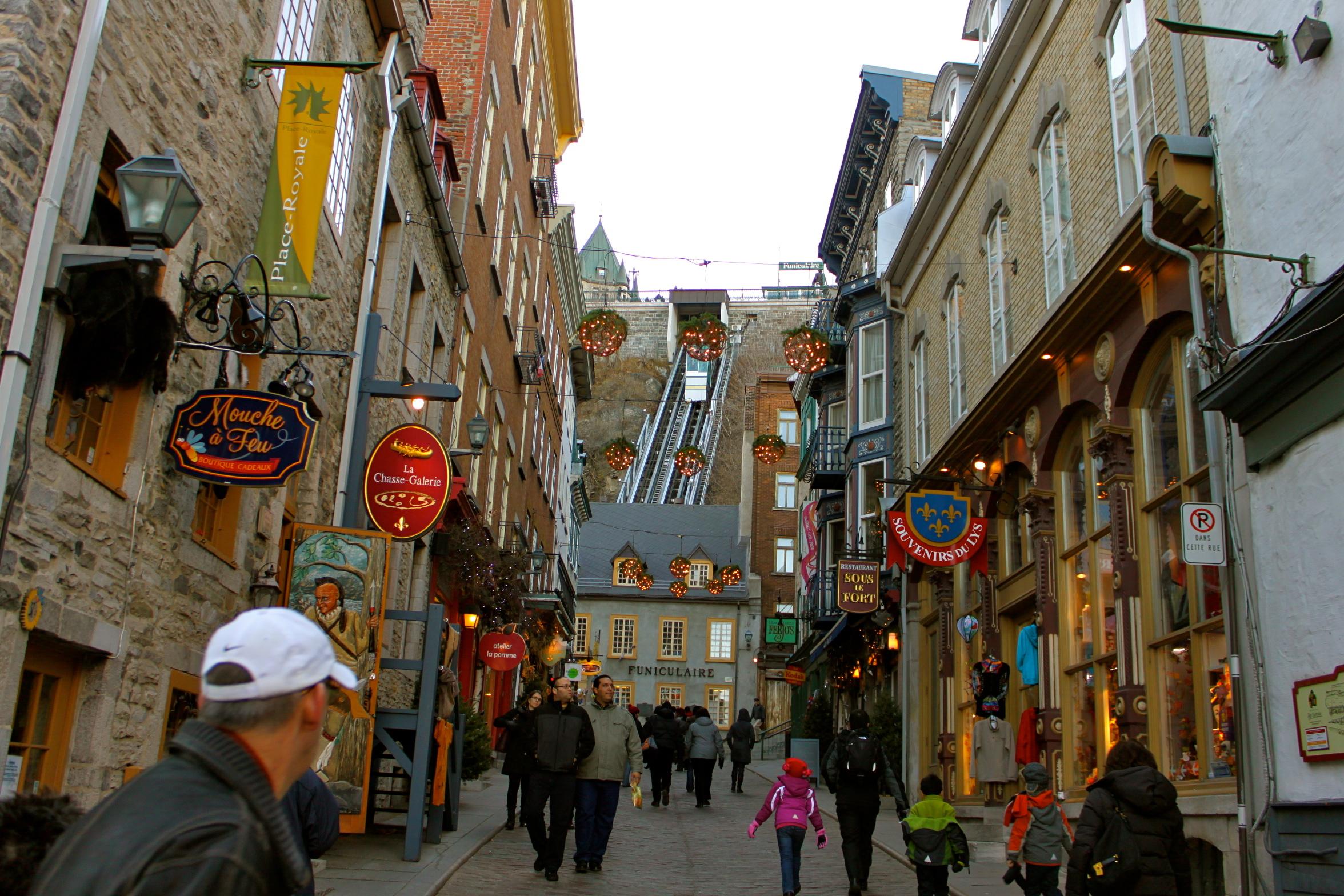funicular quebec city canada