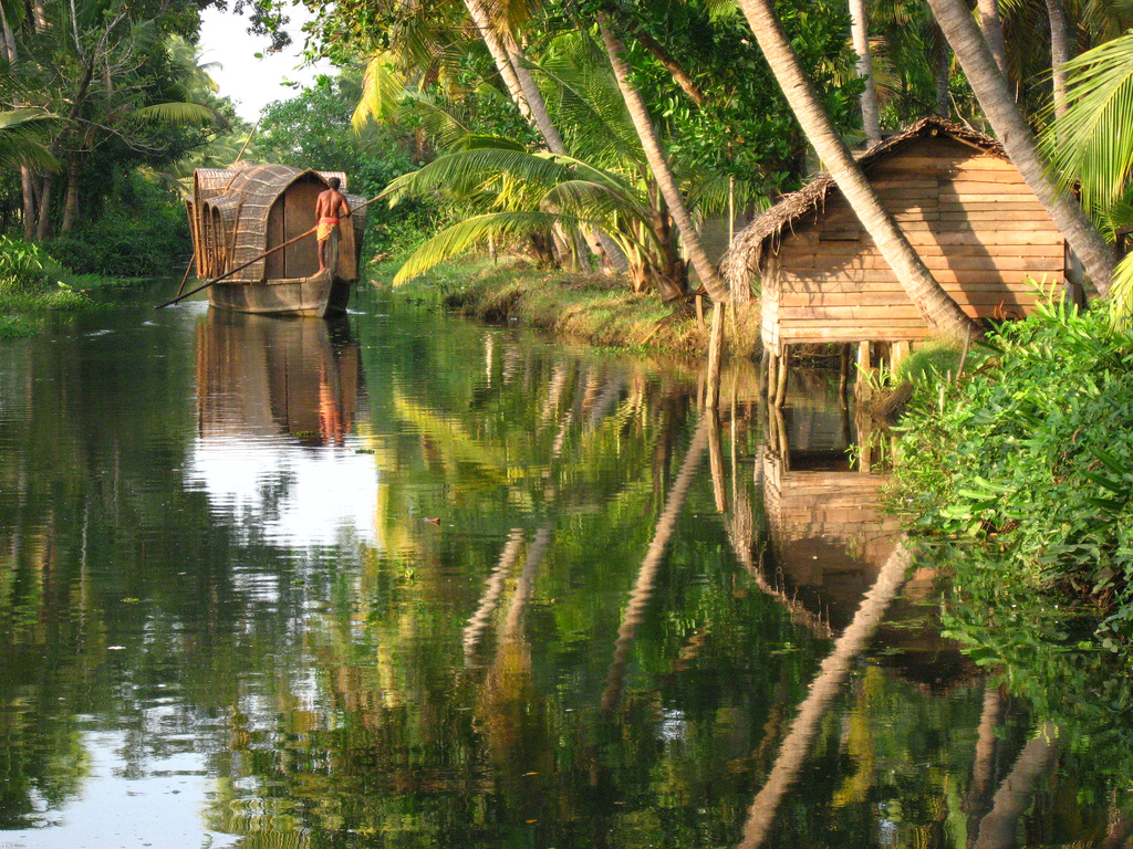 kerala houseboat india