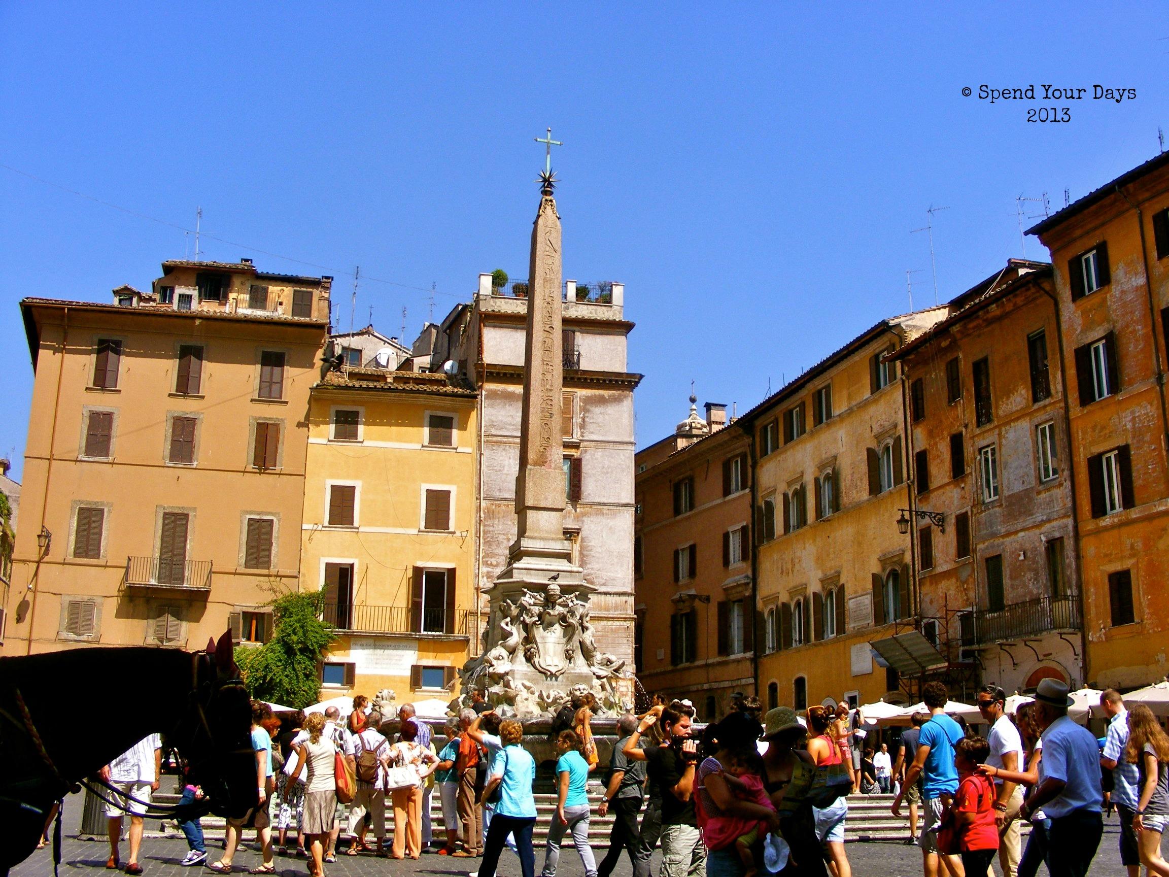 rome italy piazza della rotonda